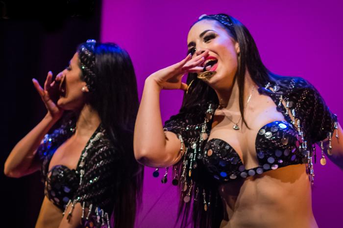 danseuse orientale pour spectacle de danse orientale aparis