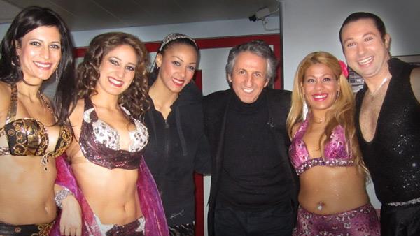 les meilleures danseuses orientales de paris avec Richard Anconina